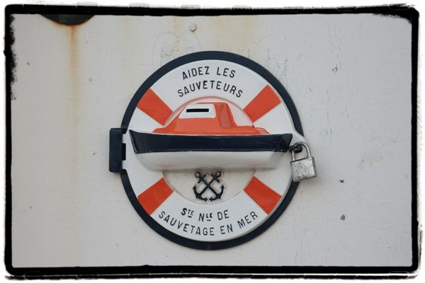 Sauveteurs-en-mer.jpg