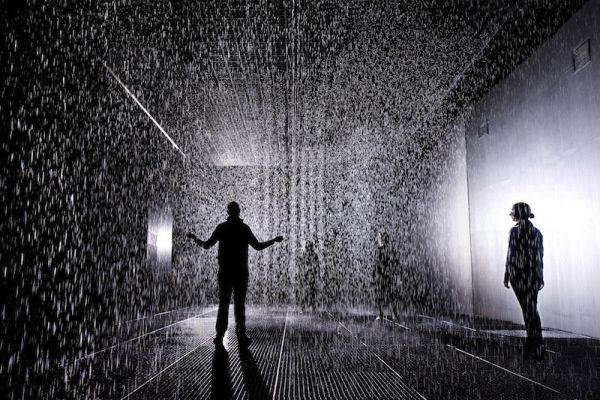 Random-International-Rain-Room-Barbican-03.jpg