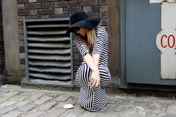 5-inch-and-up-blog-primark-acne-striped-dress-american-appa.JPG