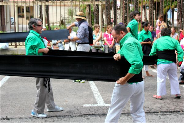 LES CASTELLERS (une tradition Catalane)