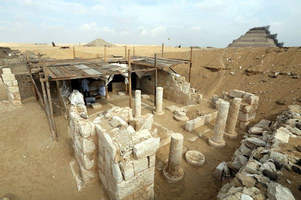 egypt_saqqara_new_tomb_discovered-1_edited-1.jpg