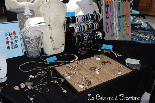 stand-bijoux-naturel