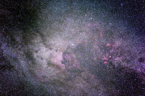 Autour de Deneb - mazut 29 05 09 5DM2 90mm F2,8 240s 1600is