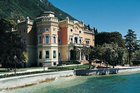 Grand-Hotel-a-Villa-Feltrinelli-95 big-450x300