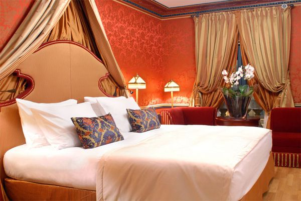 suite-royale-the-regent-bordeaux-CheckyourRoom-Bordeaux-4