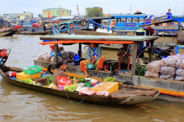 Floating market (12)
