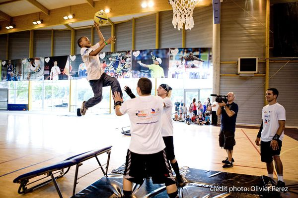 kinder-basket-acrobatique.jpg