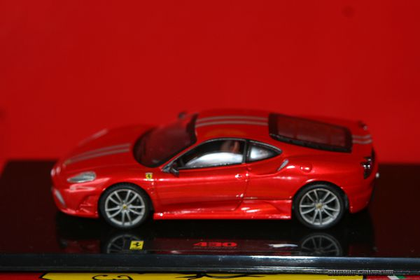 related scuderia ferrari-#44