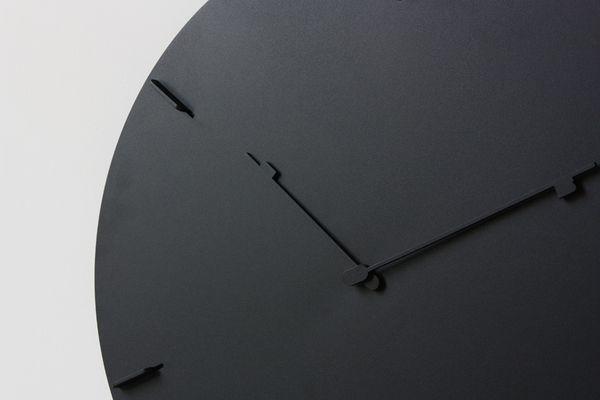 H&M CLOCK YENWEN TSENG 3