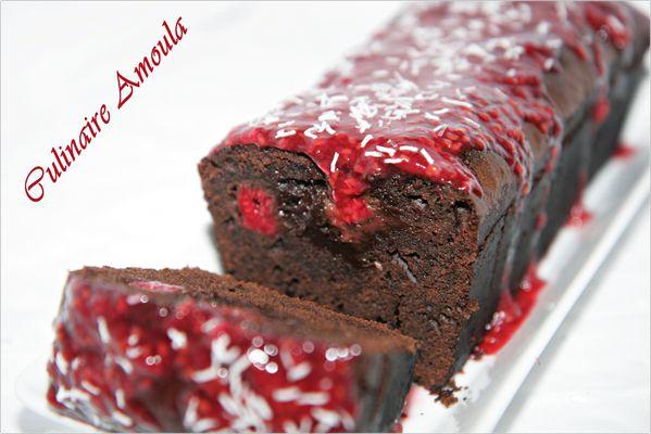 cake moelleux au chocolat et framboises - culinaire amoula