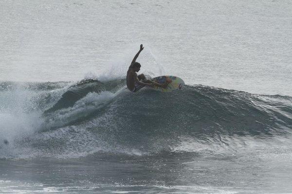 Othmane Choufani-surfing-marocco-6