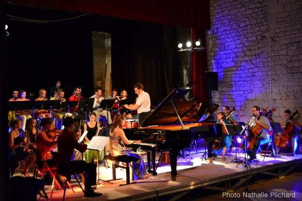 Alice-Rosset-et-l-Orchestre-du-Grand-Village