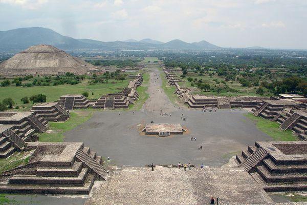 Teotihuacan--la-cite-des-dieux3.jpg