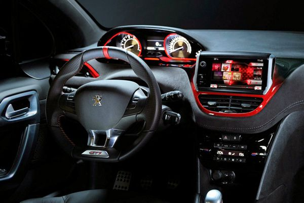 interieur-208-GTI-copie-1.jpg