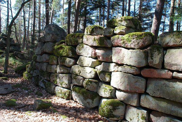 I06 - mur paien Mt Ste Odile [1280x768]