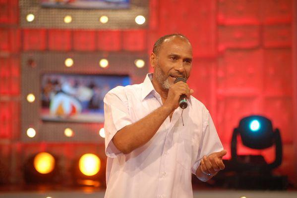 Le tunisien Abdalla Dhaouadi interprète une qasida de malhoun