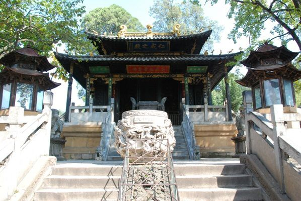 Le-Temple-d-Or-a-Kunming.jpg