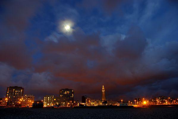 Le-Havre-et-lune.jpg