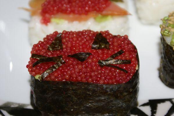tupp-sushi-2.JPG