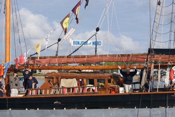 FCM-lundi-depart-des-bateaux-paimpol-15-aout-090--Copier-.JPG