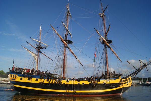FCM-lundi-depart-des-bateaux-paimpol-15-aout-049--Copier-.JPG
