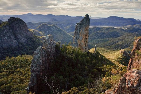 -Warrumbungle-N.P.----the-breadknife---Mgillaus.jpg