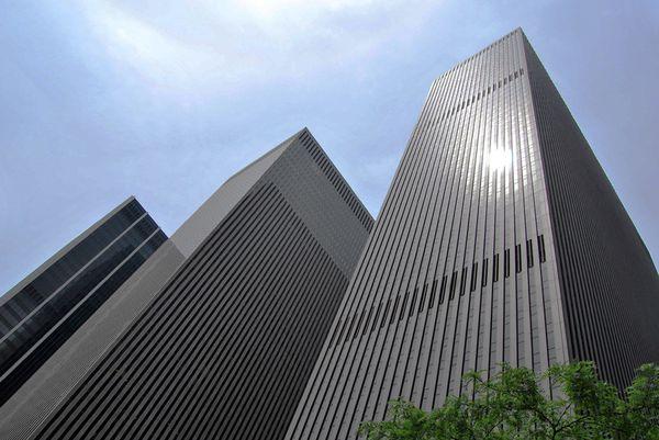 NY 083