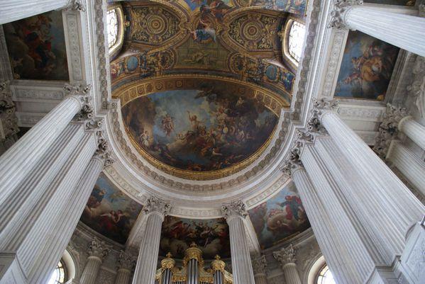 coupole--plafond-chapelle-royale__ob.jpg