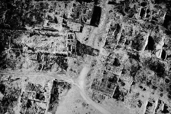 Esne - 19 juillet 1916 - Photographie aérienne - Ruine