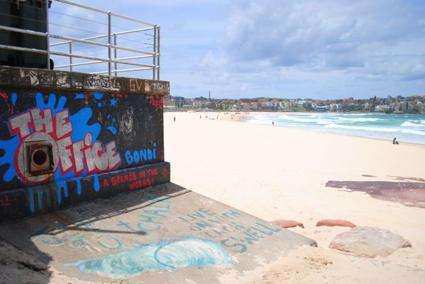 bondi-beach-backpacker 0055