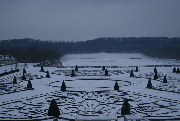 210 Versailles 010