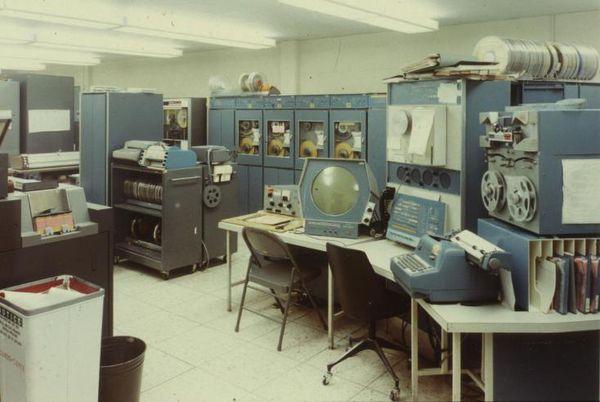DEC-PDP1.jpg