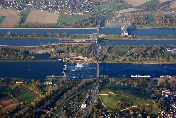 Rhein-Grand canal d'Alsace-Breisach-Wikipedia