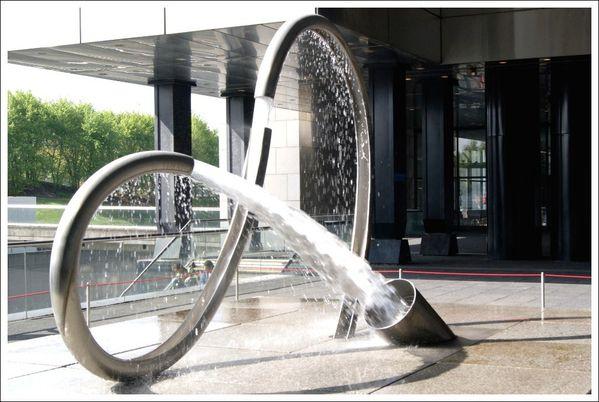 Fontaine-en-tube--2-.JPG