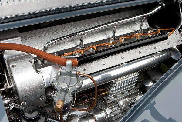 bugatti_type_57_sc_atlantic_coupe_1938_48.jpg