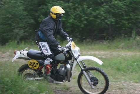 2-eme-AUROUX-ENDURO-RETRO-Alain-by-MARYSE.jpg