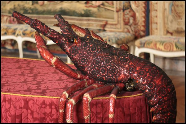 Le-dauphin-et-la-dauphine---Joana-Vasconcelos---Versailles.jpg