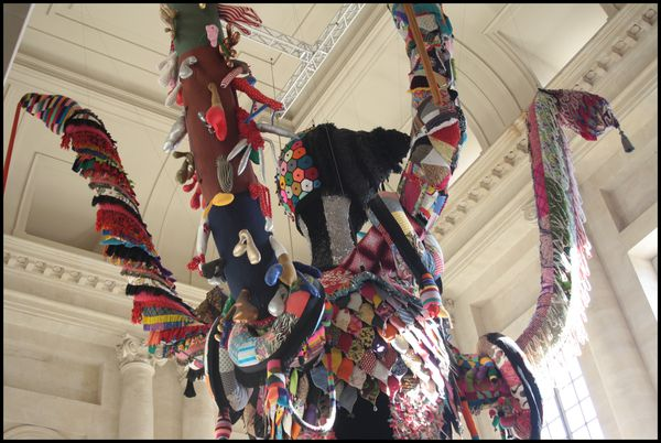 Poppins---Valkyrie---Joana-Vasconcelos---Versailles-.jpg