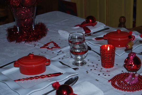 table-Noel-Rouge-brillant-017.jpg