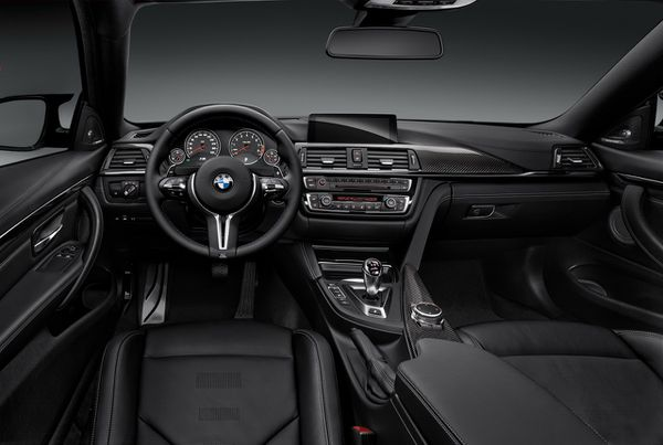 BMW-M4-coupe-2014-03