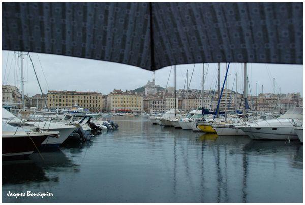 Marseille le vieux port la pluie 1