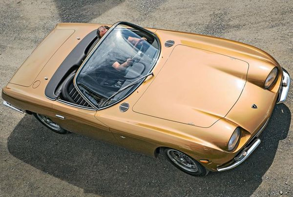 2010 Lamborghini 350 GTS Spider photo - 1