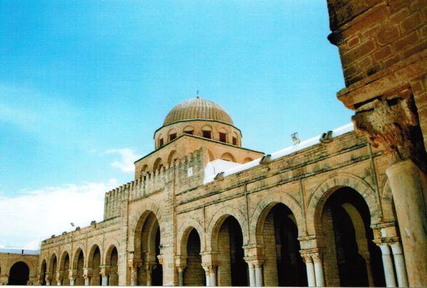 Mosquée de Kairouan - galerie et coupole