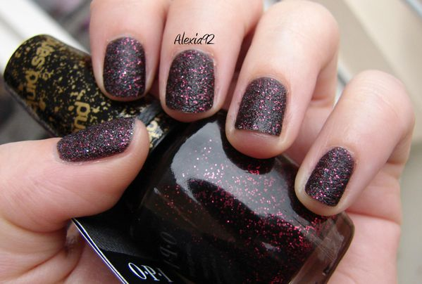 OPI---Stay-The-Night---Liquid-Sand---Mariah-Carey.jpg