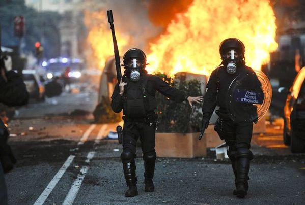 (29 mars 2012-Catalunya) Grève Générale-3