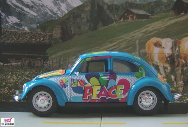 vw cox hippies love and peace maisto babacool