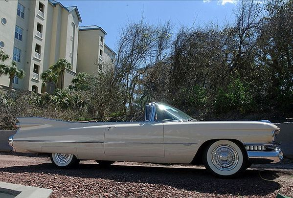 6311_cadillac_series_6200_convertible_coupe_1959_14.jpg