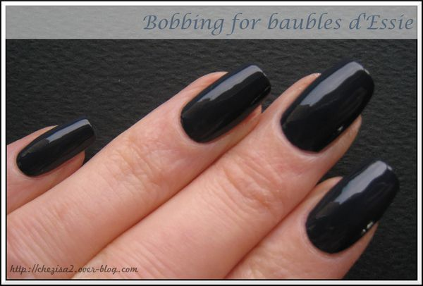 notd bobbing for baubles essie mes petites bricoles. Black Bedroom Furniture Sets. Home Design Ideas