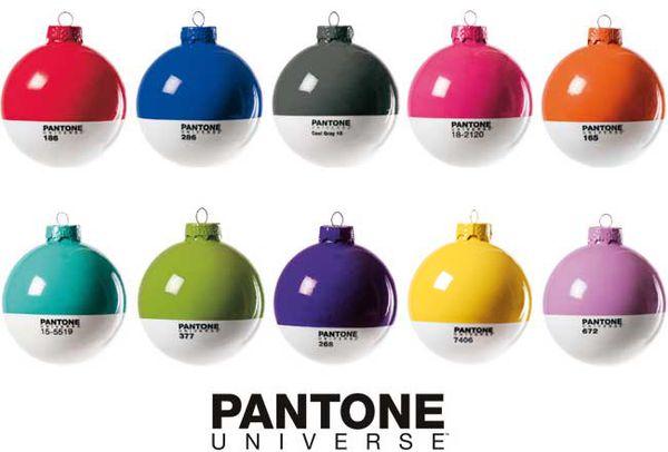 pantone_xmas_ball.jpg