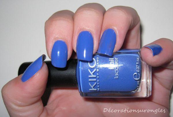vernis-ongles-kiko-337-bleu-swatch.jpg